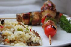 Brochetas de Cerdo y Arroz con Champiñones. Cocinando con las chachas Blog