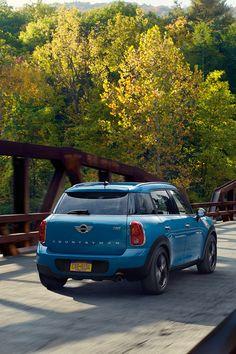 Make a swift escape. Mini Cooper Suv, Cooper Car, Mini Countryman, My Dream Car, Dream Cars, Mini Cooper Wallpaper, Mini Dealership, Mercedes Jeep, Mini Copper