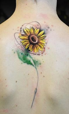 Celebrate the beauty of nature with these inspirational sunflower tattoos Watercolor Sunflower Tattoo, Sunflower Tattoo Meaning, Sunflower Tattoo Simple, Sunflower Tattoo Shoulder, Sunflower Tattoos, Sunflower Tattoo Design, Shoulder Tattoo, Watercolor Flowers, Small Sunflower