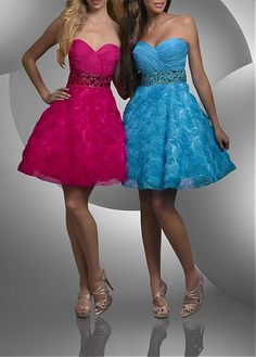 Glamorous Chiffon & Lace A-line Strapless Sweetheart Knee Length Cocktail / Homecoming Dresses Junior Cocktail Dresses, Mini Prom Dresses, Sweet 16 Dresses, Special Dresses, Cheap Prom Dresses, Special Occasion Dresses, Pretty Dresses, Dresses For Sale, Strapless Dress Formal