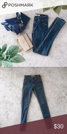 Top shop jeans New never worn topshop high waste stretchy jeans Topshop Pants Skinny