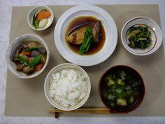 djweb_18_cal_01-002_healthy_washoku_diet