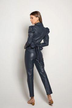 Leather Jumpsuit, Leather Pants, Anna Selezneva, Leder Outfits, Confident Woman, Ideias Fashion, Overalls, Costumes, Lady