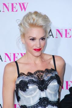 Gwen Stefanis updo hairstyle