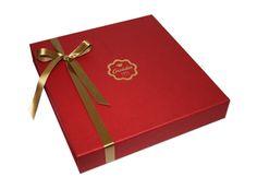 Esta é uma das novidades da Arcádia Casa do Chocolate para este Natal. Uma caixa premium vestida a rigor para a quadra, que reúne alguns bombons emblemáticos do Sortido Tradicional. #Chocolate #Natal #Arcádia