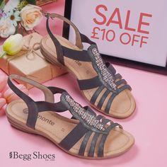 Grey Sandals, Summer Sandals, Summer Shoes, Bags 2014, Sandals For Sale, Comfortable Sandals, Skechers, Dark Grey, Leather Men