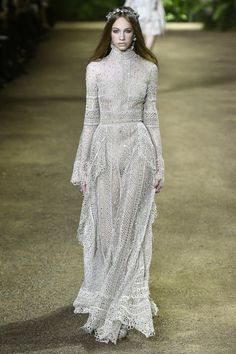 Elie Saab: http://www.stylemepretty.com/2016/01/31/wedding-dresses-paris-couture-runway/