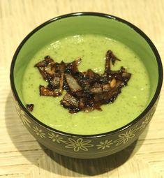 Vellutata di zucchine e cipolle, ricetta light benessere | Tanta Salute
