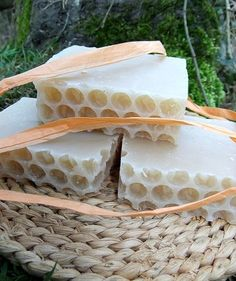 Goat's Milk English Rose, Peppermint & Clove honeycomb handmade soap