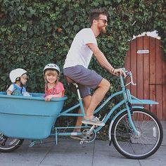 """what did you do with your extra hour? we went for a bike ride...thanks to #madsencycles 🚲 // #goldenandlucca #madsen 📷 @jamiestreetphoto"" @wildevalentine 💛  .  .  .  .  #sandiego #california #extrahour #happymonday #dadsarefun #daylightsavings #bikeride #rideinstyle #vintageblue #bluebike #madsenbike #bucketbike #cargobike #getoutside #bikelife #cargobikelife #blackfriday #cargobikelove #familyfun #fundad #happykids #jointhemovement"