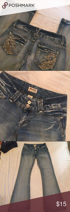 Mudd jeans You might like these if you like Miss Me jeans! Superb fading coloration. Look at the close ups! Gold embroidered pockets. Good condition. Don't fit me anymore :( size juniors 7 fits like a 27. Mudd Jeans