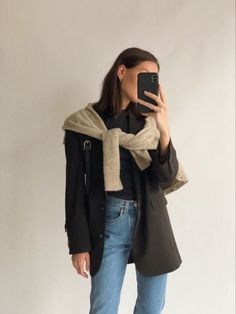 Photo by Jess Alizzi on youtube · · Simple Outfits, Casual Outfits, Fashion Outfits, Girly Outfits, First Date Outfits, Winter Outfits, Jumper Outfit, Denim Jumper, Minimal Fashion