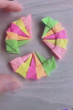 Corona de origami Origami crown (Ver final de video) The post Amazing paper crafts! appeared first on Pinova - Paper Crafts Origami Crown, Origami Love, Origami Design, Diy Origami, Origami Tutorial, Flower Tutorial, Easy Paper Crafts, Diy Arts And Crafts, Diy Paper