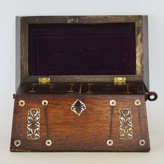 LOT 488: A good rosewood and MOP tea caddy. Est. £30 - £50. Coming up in our #Silver #Jewellery #Toys and #Railwayana #Auction on Thursday 25th May. To include #Watches #Collectables #Pictures #China & #Antique #Furniture #May25 #whittonsauctions #Honiton #pin