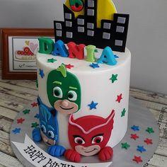 "Alhamdulillah..PJ MASKS theme..with 2d fondant image.. ▪PASTEL RAINBOW CAKE 6""▪ Thanks sis.. Happy belated 6th birthday DANIA from #mamacakery #cakestagram #sayajualkek #custommadecakes #birthdaycake #kekharijadi #rainbowcake #2dfondant #pjmaskcake #kekpjmasks #pjmasks #pjmask #buttercreamcake #pilah #bahau #senawang #n9 #seremban #batukikir #kualapilah #jempol"