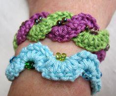 Interlocking crocheted bracelets ~ free pattern