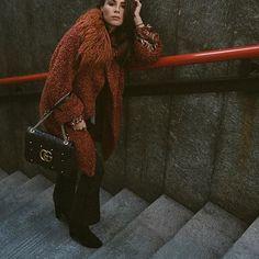 @valentinamarzullo in Ki6?Who Are You? #Repost @valentinamarzullo with @repostapp ・・・ Warm coat 🍁🍂🌰🎃 #milan #mood