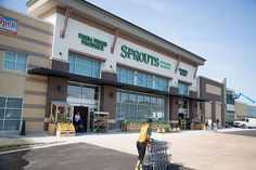 Can Sprouts Farmers Market Survive without Acquisition? - Market Mad House