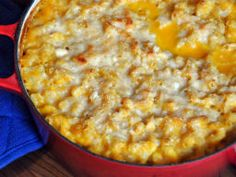 Healthy macaroni and cheese with cauliflower and butternut squash