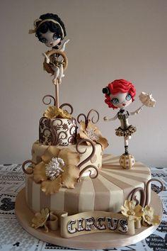 """Torta vincitrice al CDIF edizione romana 2014, """"i wanna be a cake designer"""" - ispirata al circo dell'epoca anni '50, stile vintage"""