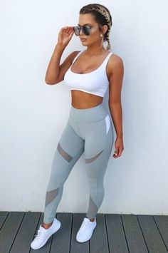 The Best Athletic Wear For Your Body Type Workout Attire Athletic Body Fitness fitnessin fitnessmotivation Type Wear Cute Workout Outfits, Workout Attire, Womens Workout Outfits, Workout Wear, Sport Outfits, Teen Workout, Workout Tanks, Nike Workout, Nike Outfits