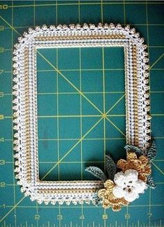 That was my reaction after doodle-crocheting my photo frame collection consisting of crochet stitches and. Crochet Wall Art, Crochet Home Decor, Knit Or Crochet, Crochet Stitches, Crochet Designs, Crochet Patterns, Diy Gifts To Make, Easy Crochet Projects, Crochet Borders