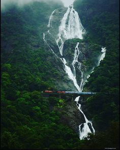 Dudhsagar Waterfall Border of Goa & Karnataka, India. beautiful View of this waterfall is just mind-blowing. I just love this place. Whatsapp Fun, Whatsapp Videos, Goa Travel, Travel And Leisure, Vietnam Travel, Train Travel, Best Places To Travel, Places To Go, Nature Photography