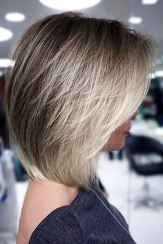 Short Hairstyles For Thick Hair, Layered Bob Hairstyles, Short Hair Cuts, Pixie Haircuts, Long Short Hair, Hairstyles 2016, Casual Hairstyles, Retro Hairstyles, Curly Hairstyles