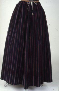 Pohjoissavolainen hame Kansallismuseon kokoelmista (Heinäveden kansallispuvun esikuva) Ancestry, History, Skirts, Outfits, Fashion, Moda, Historia, Suits, Skirt