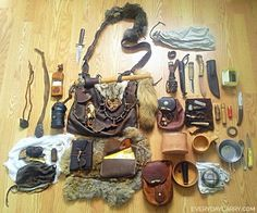 The Mountain Man's EDC (Every Day Carry) Survival Kit: The somewhat traditionalist gear/medicine bag. Hunting, camping, wilderness survival, the old fashioned way. #survivalbackpack #bushcraftcamp #wildernesssurvivalkit