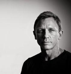 """alex-karpus: """" Daniel Craig and Harrison Ford portrait by Michael Muller """" Foto Portrait, Portrait Studio, Man Portrait, Daniel Craig Bond, Daniel Graig, Actor Headshots, Portrait Lighting, Rachel Weisz, Famous Photographers"""