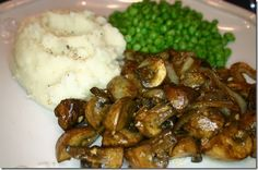 A Daniel Fast-friendly romantic dinner for Valentine's Day!  Garlic mashed potatoes, sauteed mushrooms & onions, sweet peas, and even a dessert!