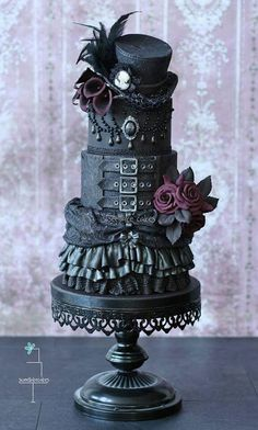 Love this steampunk cake