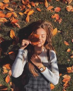 Image about girl in Fall Feels by Autumn Noel – girl photoshoot Poses For Pictures, Picture Poses, Photo Poses, Cute Fall Pictures, Tumblr Fall Pictures, Fall Senior Pictures, Spring Pictures, Happy Pictures, Friend Pictures