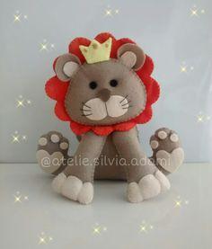 Lindo leão em feltro para decorar a festa safari ou selva e enfeitar o quarto da criançada!  Amor em feltro  Ateliê Sílvia Adami
