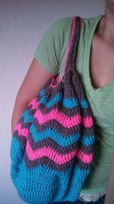Free Crochet Pattern on Craftsy - Chevrolicious Summer Carry