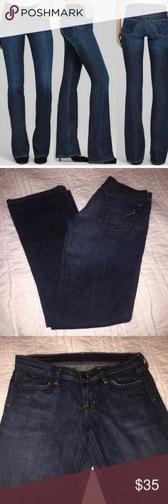 Citizens of Humanity Jeans Citizens of Humanity Kelly #001 Boot Cut Jeans. Great jeans like new with barely any stretch. Citizens Of Humanity Jeans Boot Cut