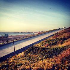 Torrance/Redondo beach, bike path and ramp to Esplanade.