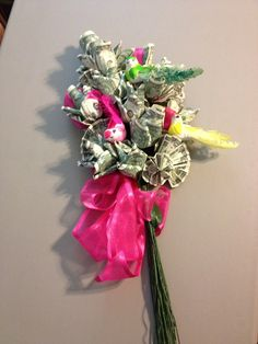 money bouquet - great gift...just fold up crisp bills into flowers, tape onto stems, & add decorations for the occasion!