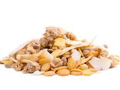 Low-Carb-Müsli selber machen ist total einfach und das Beste: Sie können selbst entscheiden, welche Zutaten in Ihrem Müsli landen!