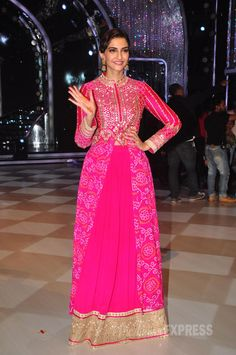 Sonam Kapoor in Pink Anita Dongre Anarkali Suit with BandhaniRecently Bollywood actress was spotted at the sets of Jhalak Dikhhla Jaa season 7 on in Mumbai. Co- star Pakistani actor Fawad Khan who . Sonam Kapoor, Bollywood Celebrities, Bollywood Fashion, Bollywood Actress, Saris, Ethnic Fashion, Asian Fashion, Women's Fashion, Indian Dresses