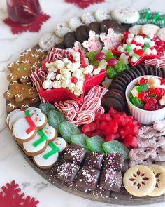 Christmas Dessert Boards are the new YULE LOG, amiright? SWIPE LEFT for the close-up then head on over to IG stories to get… Christmas Dessert Boards are the new YULE LOG, amiright? SWIPE LEFT for the close-up then head on over to IG stories to get… Christmas Party Food, Christmas Brunch, Christmas Sweets, Christmas Cooking, Noel Christmas, Holiday Baking, Christmas Desserts, Holiday Treats, Holiday Recipes
