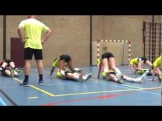 Training Adrie deel 1 - YouTube Soccer Workouts, Volleyball Drills, Preparation Physique, Physical Education Lessons, Physics, Fitness, Youtube, Basketball Court, Teaching