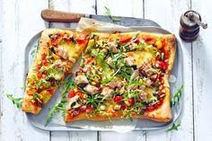 Plaatpizza met tonijn - Recept - Allerhande