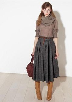 Midi skirt + boots- i want a plethora of skirts like this simple outfits, Mode Outfits, Fall Outfits, Modest Winter Outfits, Office Outfits, Winter Outfits With Skirts, Office Wear, Skirts With Boots, Skirt Boots, Dress Boots