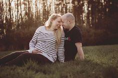 Pavla & Martin - maternity photo #inexpertphoto #photography #maternityphoto #maternity #pregnant #rodinnýportrét #photo #photoshoot #fotograf #jaro #spring