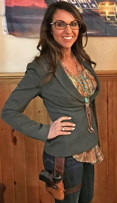 Congresswoman Lauren Boebert doesn't get pushed around by the Woke mob T Play, Independent Women, Strong Women, Beaded Necklace, Hot, Sexy, Beautiful, Fashion, Beaded Collar