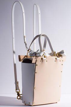 Не просто сумки! Коллекция Niels Peeraer осень-зима 2014/15. bag, сумки модные брендовые, bags lovers, http://bags-lovers.livejournal