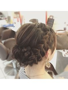 Learn about diy wedding hair – ball frisuren Diy Wedding Hair, Simple Wedding Hairstyles, Party Hairstyles, Wedding Hair And Makeup, Hair Makeup, Bridal Hairstyles, Medium Hair Styles, Short Hair Styles, Temporary Hair Dye