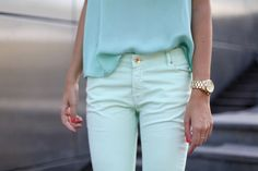 slowly becoming more and more obsessed with mint green, especially layered with different shades of itself.